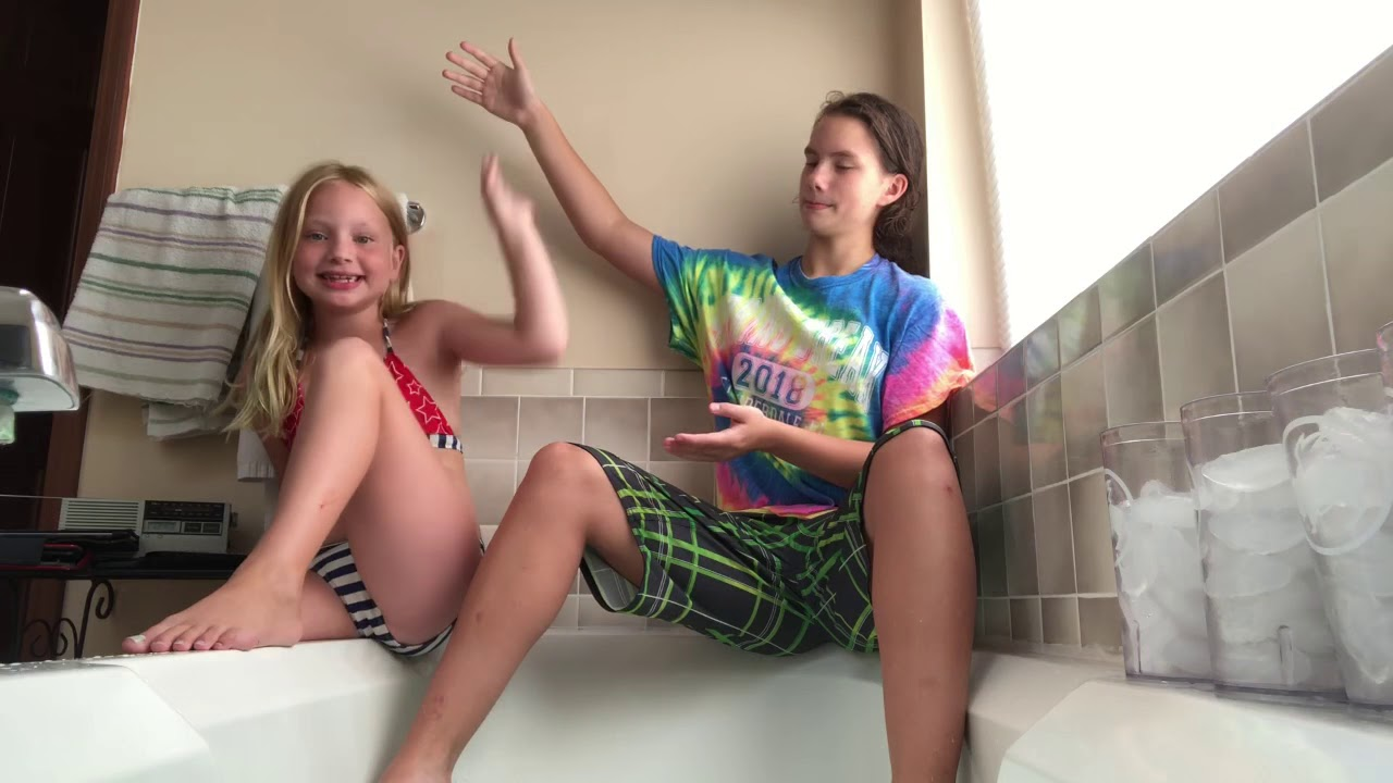 Ice bath challenge with my sister *freezing*