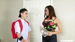 MILF Mom gets Milk from stepson